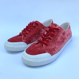 NEW Tretorn crushed velvet sneakers